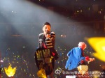 seungri-bigbang-alive-tour-shanghai-120720-1