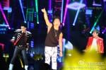 taeyang-bigbang-alive-tour-shanghai-120720-21