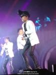 TOP-bigbang-alive-tour-shanghai-120720-23