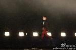 bigbang-alive-tour-beijing-120804-outdoorcar_008