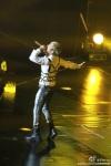 bigbang-alive-tour-beijing-120804-outdoorcar_014